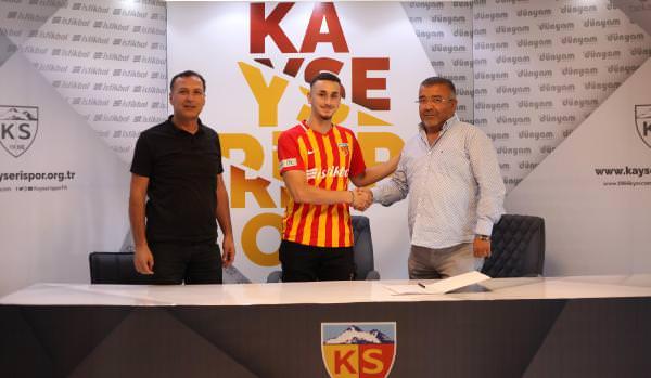 Kayserispor, U 19 Milli Takımı Oyuncusunu Transfer Etti