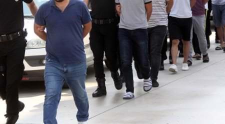 Dolandırıcılar Ve Kapkaç Şüphelisi Tutuklanarak Cezaevine Gönderildi